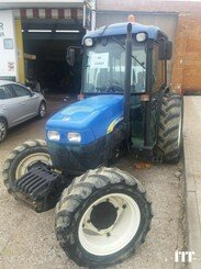Farm tractor New Holland TN 95F - 1