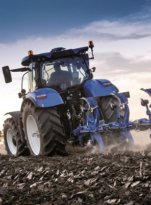 ITT CM93 presents the new PX / PXV ploughs from New Holland.