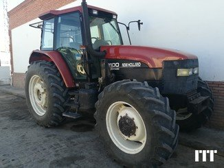 Farm tractors New Holland M100 - 1