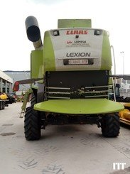 Combine harvester Claas LEXION 550 - 4