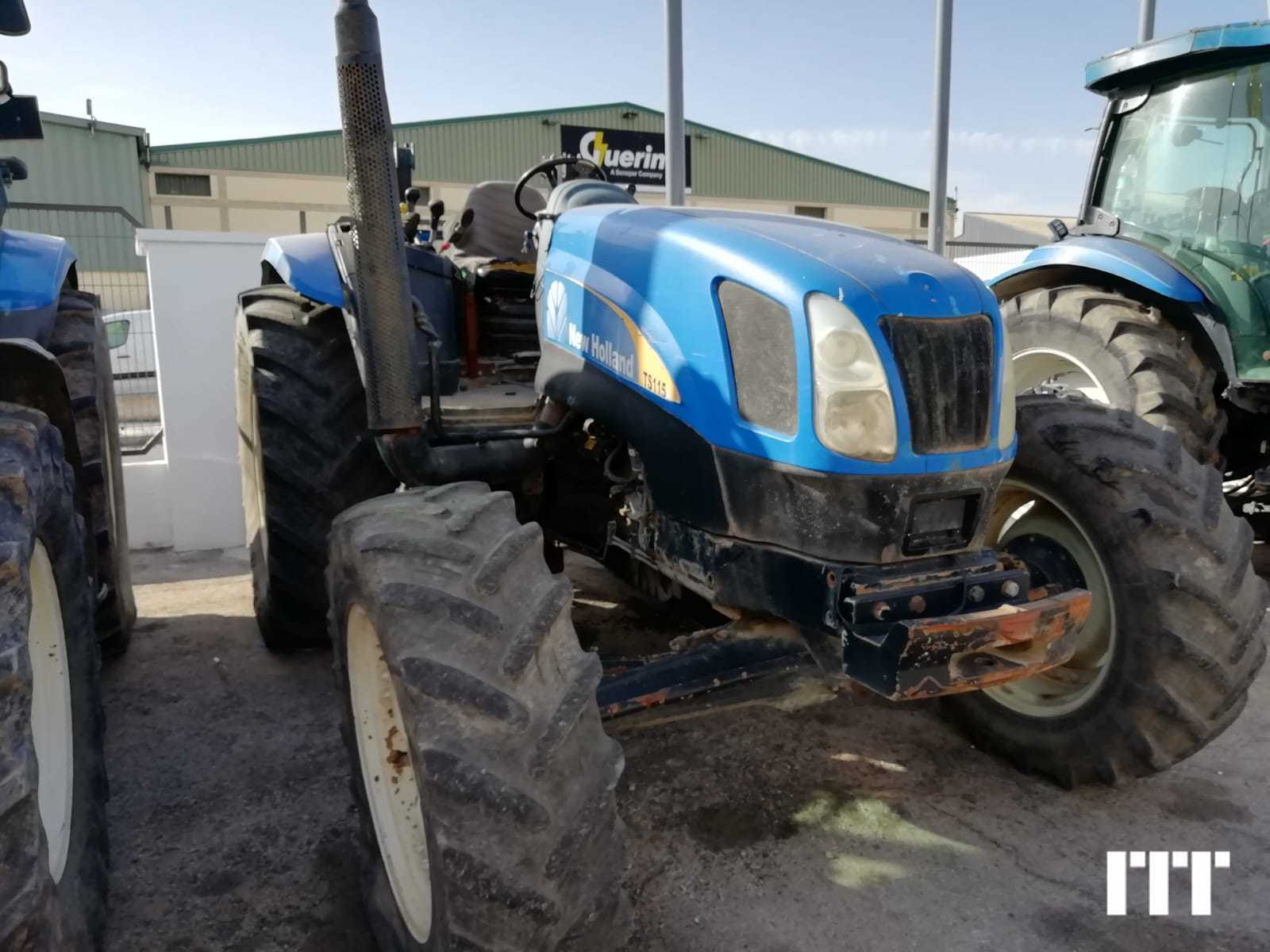 Farm tractors New Holland TS 115 A on sale on ITT CM93